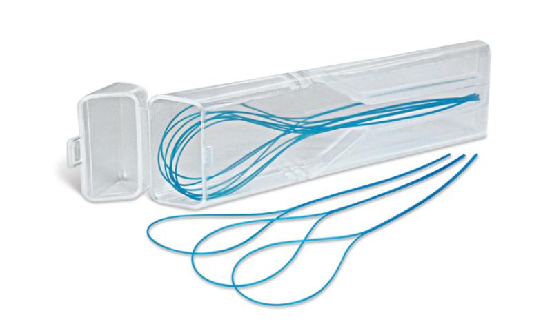 2. Use an Orthodontic Floss Threader